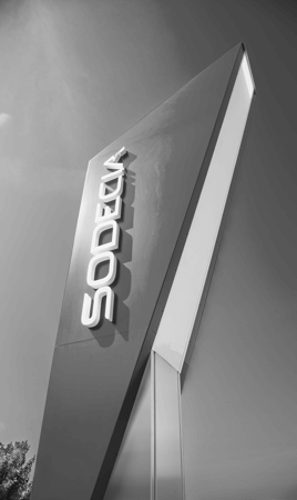 """Standpylon für die Firma """"Sodecia"""" - Fertigung und Montage durch DIAS Werbung - Professioneller Partner für werbewirksame Maßnahmen"""
