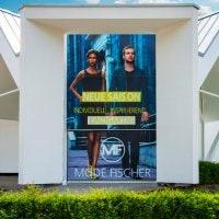 Aussenwerbung für Mode Fischer aus Lennestadt - DIAS Werbung fertigt individuelle Werbeanlagen nach Maß - Sprechen Sie uns für ein Angebot, wir beraten Sie gerne!